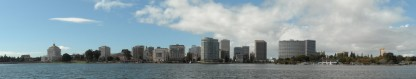 cropped-oakland_skyline_-_lake_merritt.jpg